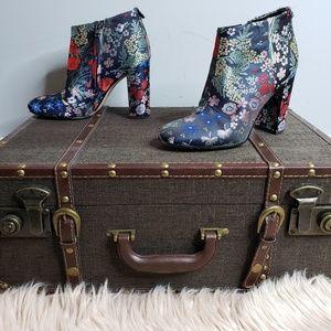 dcf28ae6c Sam Edelman. Sam Edelman Cambell Floral Ankle Boot